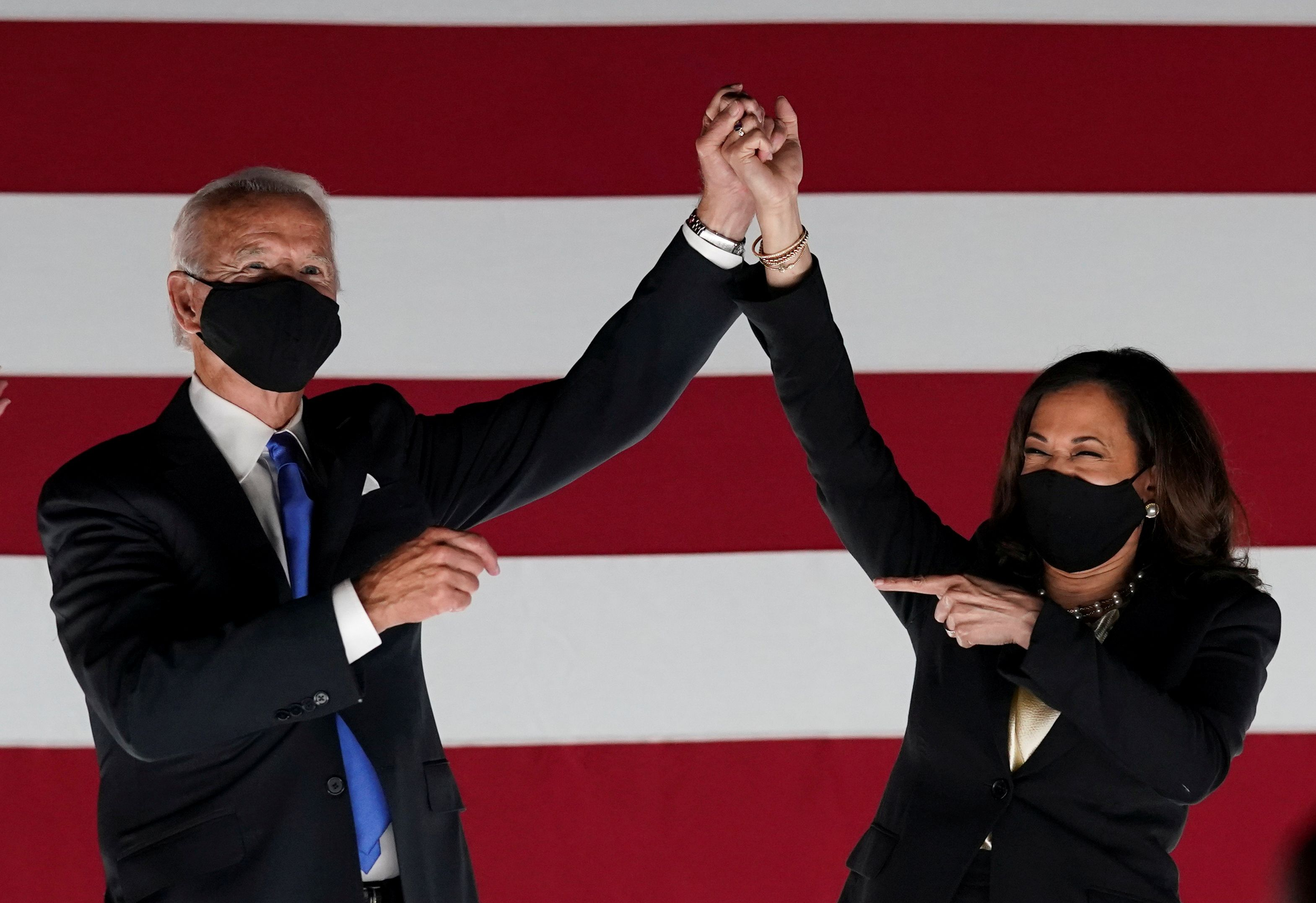 """Joe Biden y Kamala Harris. REUTERS/Kevin Lamarque/File Photo SEARCH """"AMERICA IN THE AGE OF TRUMP"""" FOR THE PHOTOS."""